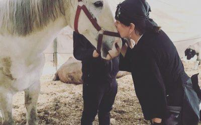 Sezen Aksu'dan WARF'ın Çiftliğine Anlamlı Ziyaret